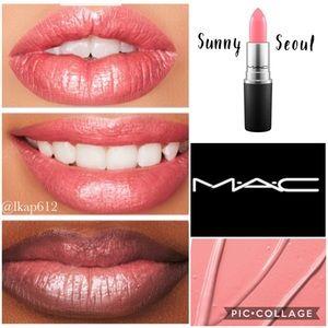 MAC Cremesheen Lipstick- Sunny Seoul (Discont.)
